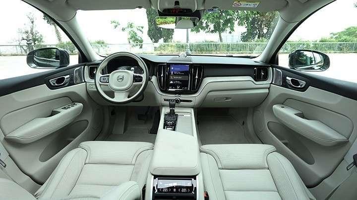interni xc60 2017 - VOLVO XC60 D4 AWD GEARTRONIC BUSINESS
