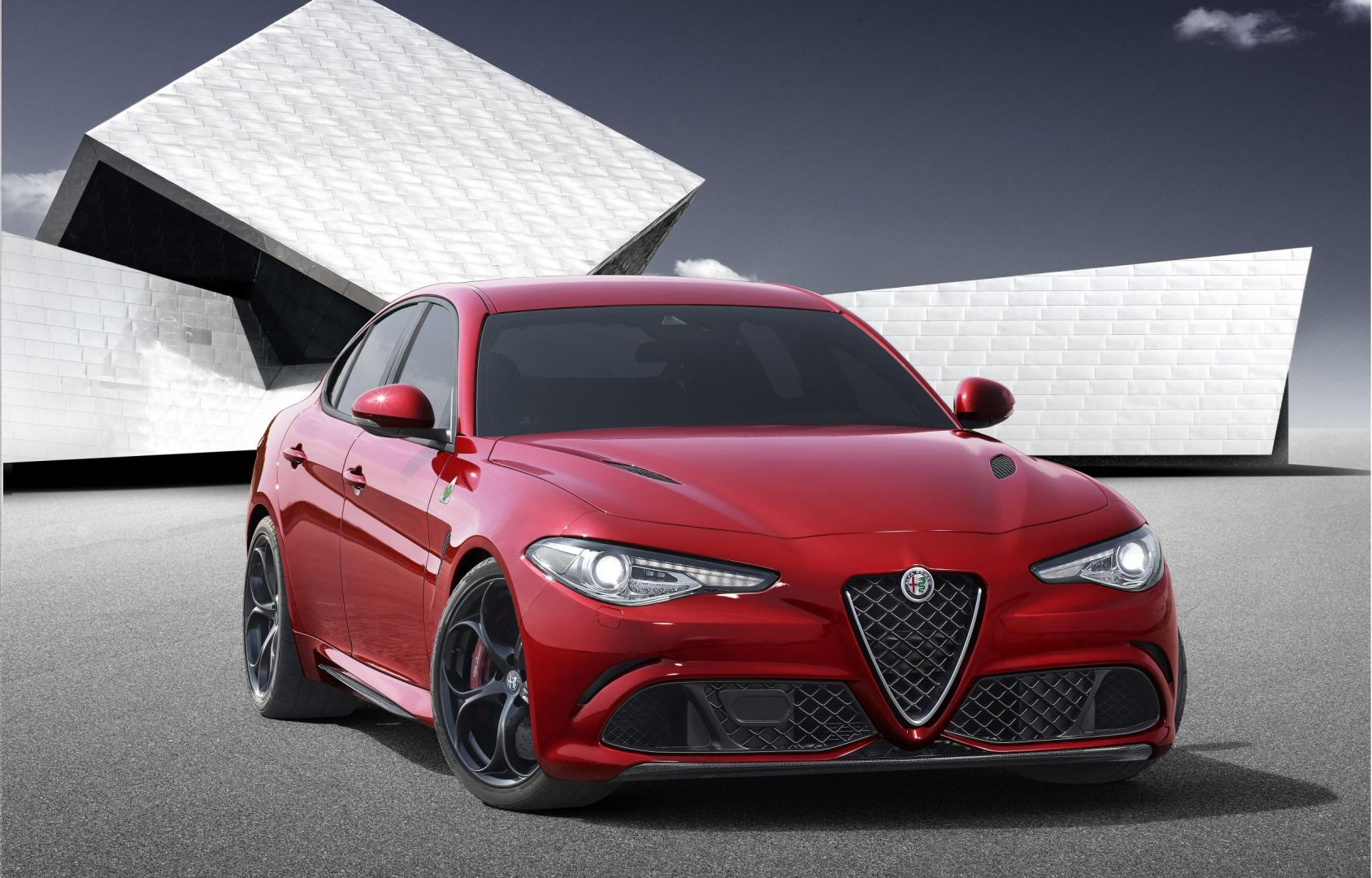 Alfa Romeo Giulia 2 - Alfa Romeo Giulia 2.2 TURBO DIESEL 180 CV AT8 BUSINESS SPORT LAUNCH EDITION