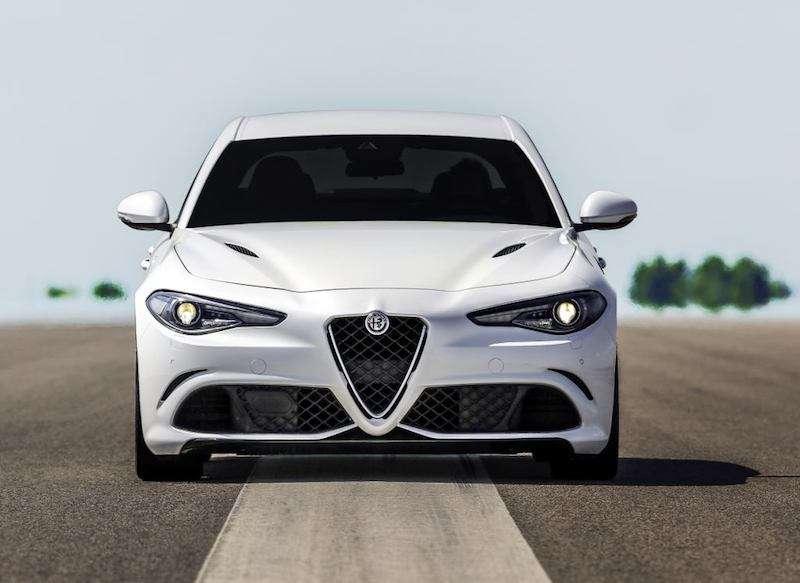 alfa romeo giulia - Alfa Romeo Giulia 2.2 TURBO DIESEL 150 CV AT8 COME NUOVO