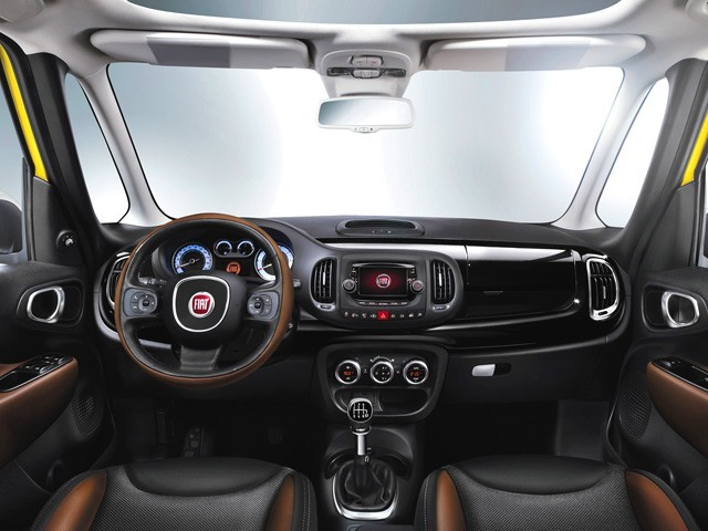 new 500l interni - Fiat New 500L 1.3 Multijet 95 cv POP STAR