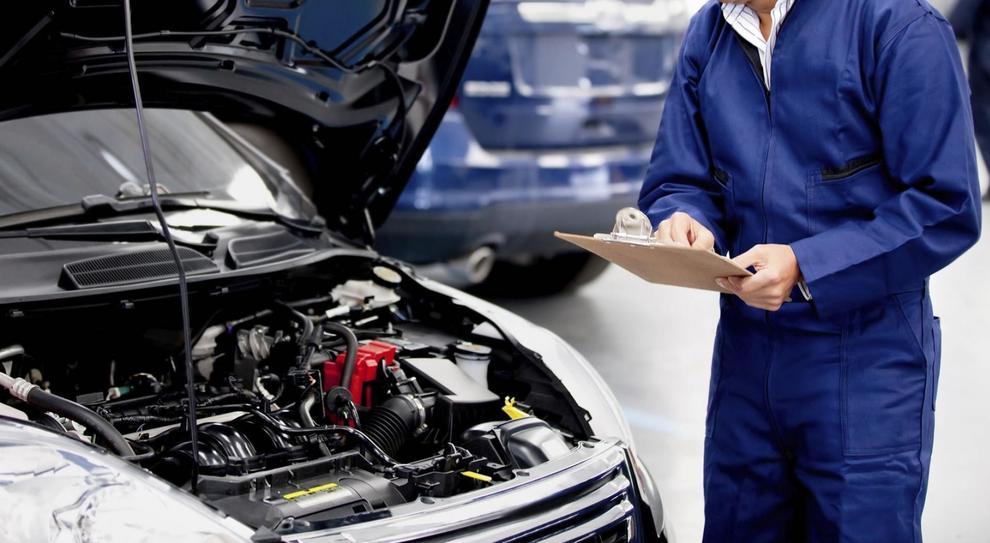 revisione auto 2019 - Revisione auto e moto 2019: cosa cambia, costo e controlli