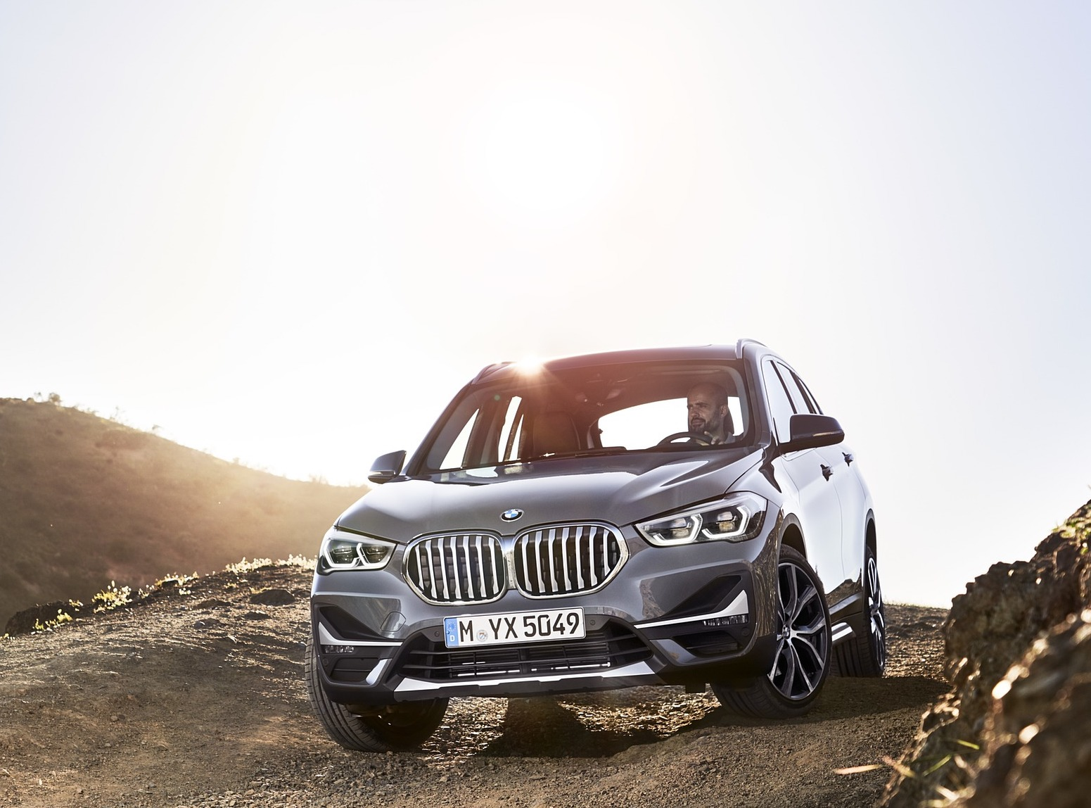 2020 bmw x1 20 1600x1200 - BMW X1 sDrive 18d X1