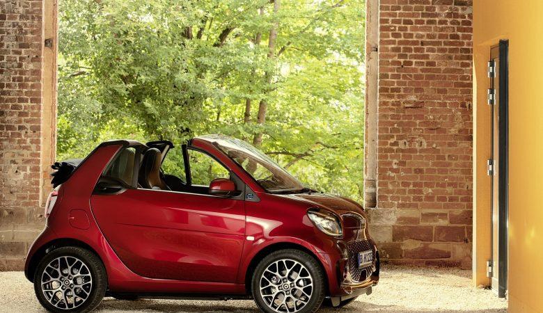 2020 smart eq fortwo 31 1600x1200 780x450 - SMART FORTWO EQ 60kW passion fortwo cabrio 3