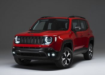 2020 jeep renegade phev 4 1600x1200 1 350x250 - VOLVO XC90 D4 GEARTRONIC MOMENTUM